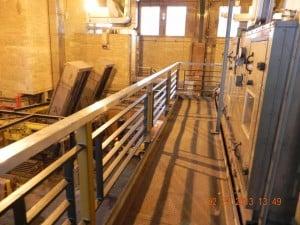 Manhattan equipment platform